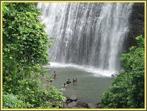 vihigaon waterfall in nashik